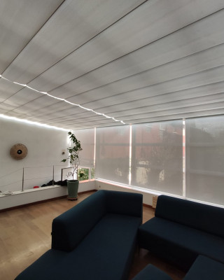 Stores de veranda - Protège de la luminosité, de la chaleur et du voisinage