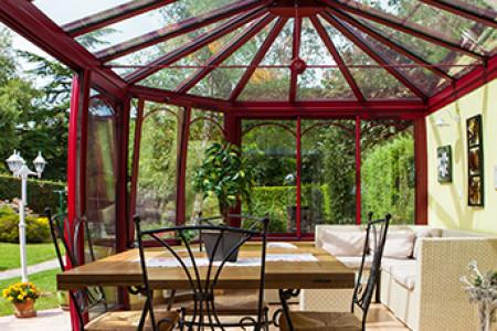 Véranda sur mesure Style victorien Aluminium rouge sur Maison en brique foraine